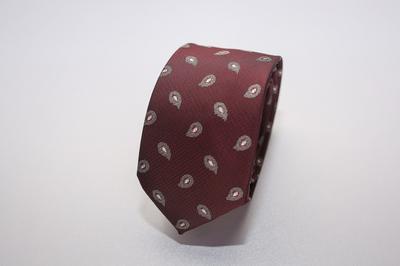 Caravat màu đỏ rượu họa tiết lông công nhỏ C14