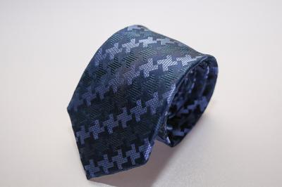 Caravat cao cấp màu xanh họa tiết đan xen C25