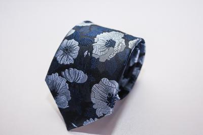 Caravat cao cấp màu xanh họa tiết hoa vân C30