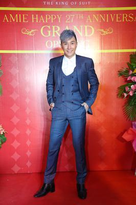 Bộ Suit Kevinlli Xanh Dương Caro - Siêu Mẫu Nam Phong