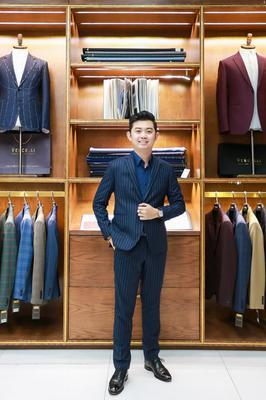 Suit Xanh vân Trắng dọc D668/2